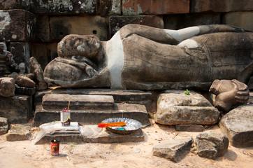 Liegende Buddha Statue im Bayon Tempel
