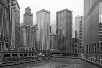 Chicago river and highrise buildings
