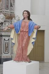 Statua in cartapesta