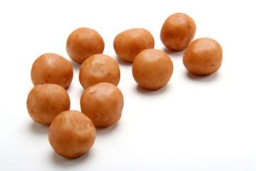 marzepan , kartofelki marzepanowe
