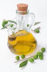 Olive oil with olives _ Olio di oliva e ramo di ulivo