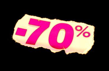 étiquette réduction 70 % rose sur fond noir