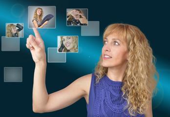 Mujer y tecnología digital.