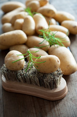 Kartoffel putzen