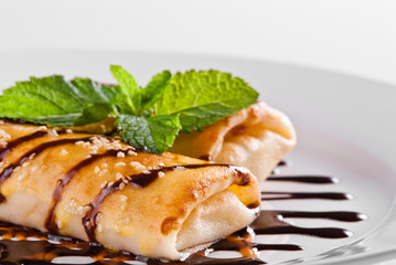 pancakes with chocolad topping
