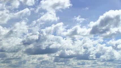плывущие облака