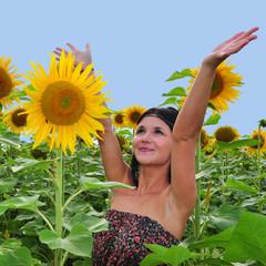 Mädchen freud sich über Blumen