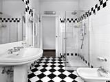 Fototapety bagno moderno in bianco e nero con doccia