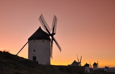 Molinos en Consuegra, España.
