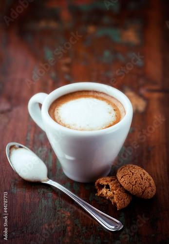 Cafe Macchiato (espresso with a little milk)