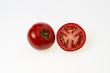 Tomate aufgeschnitten