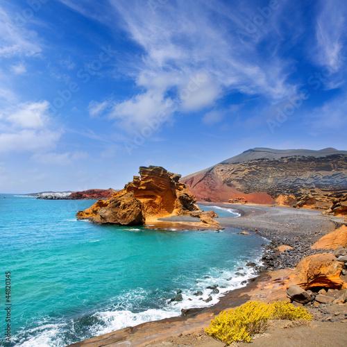 Lanzarote El Golfo Lago de los Clicos - 44820345