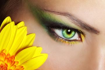 Beautiful Eye Makeup with gerber flower