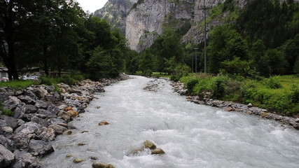 fiume di montagna