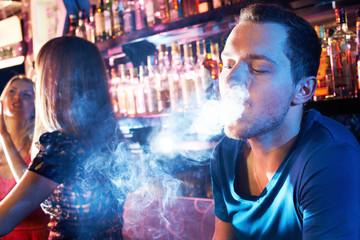 Smoking hookah