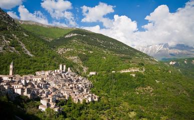Pacentro borgo medievale, Abruzzo, Italia