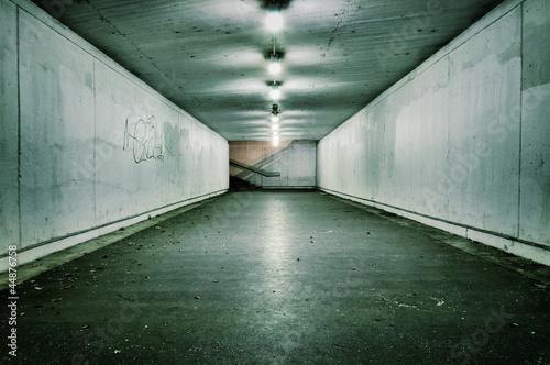 Fototapete Tunnel - Poster - Aufkleber