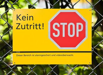 Kein Zutritt - Stop