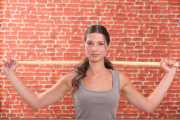 woman doing sport exercices