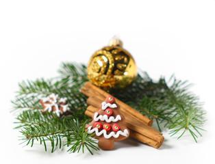 Weihnachtsdeko, Tannenzweig weisse Hintergrund