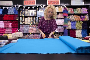 female cutting fabric 002