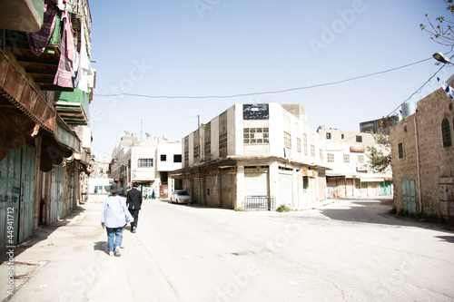 Hebron old city jewish qauter streets between jews and arabs