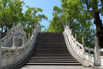 chinese traditional stone arch bridge
