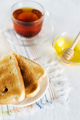 Toast, honey and tea