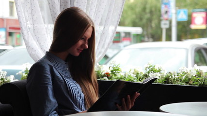 girl in a cafe