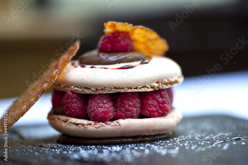 Tuinposter Bakkerij Macaron, gâteau, pâtisserie, dessert, framboise, gourmet