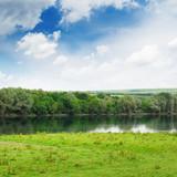 Fototapeta jezioro - łąka - Łąki / Bagna