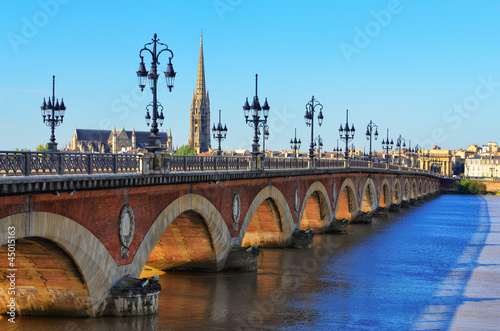 Staande foto Bruggen Bordeaux river bridge with St Michel cathedral