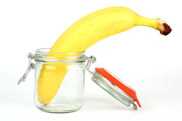 Banane im Einmachglas
