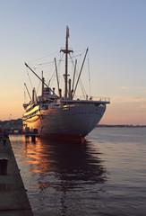 """Abendstimmung am """" Alten Hafen """""""