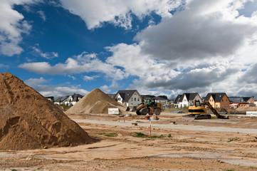 Bauarbeiten in einem Neubaugebiet