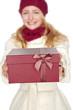 blonde junge Frau mit Geschenk