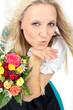 junge Frau mit Brautstrauß