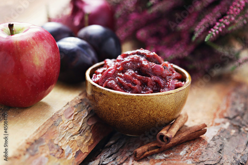 plum and apple chutney