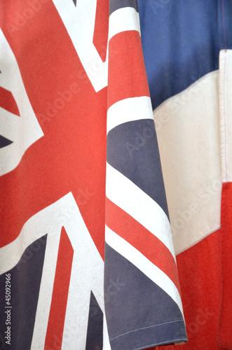 Drapeaux anglais et français