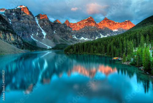 Foto op Canvas Bestsellers Moraine Lake Sunrise Colorful Landscape