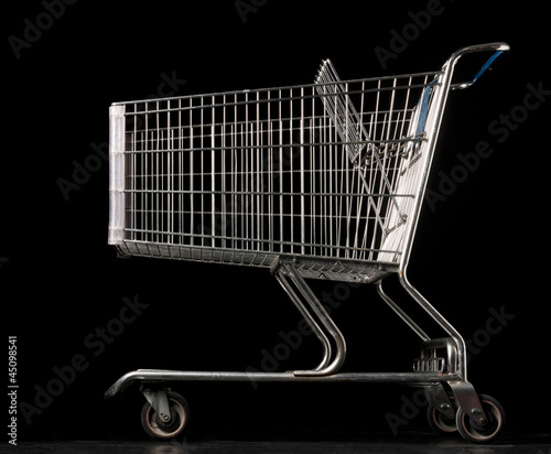 """Shopping cart, side view"""