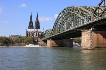 Köln (Dom, Philharmonie, Hohenzollernbrücke) - 2012