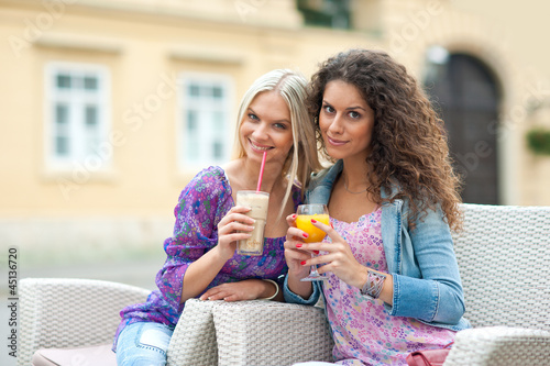 woman friends at cafe