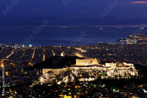Staande foto Athene Athens Greece twilight cityscape with acropolis