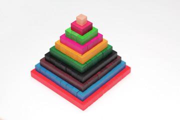 Farbige Pyramide