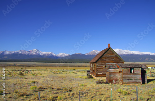 Abandoned barn in the plains of Colorado