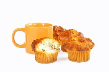 Desayunando muffins.