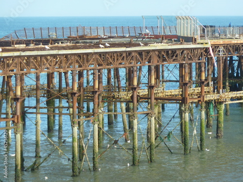 abgebrannter Pier in Hastings