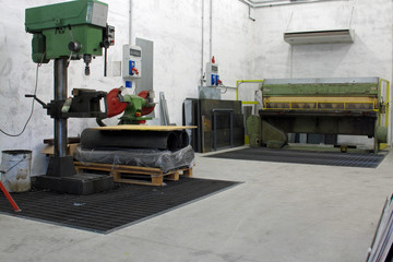 machine shop with CNC lathe drill press and others for the manuf