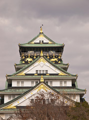 Osaka Castle before rain.